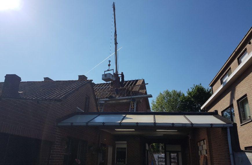 Hellend dak Veltwezelt